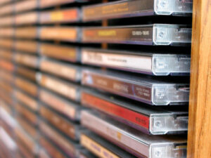 CD/DVD Regal – Ordnung für Ihre CD/DVD Sammlung