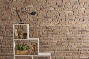 Treppenregale – bestens geeignet für beengte Räume